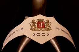 © BIVB / NARBEBURU S Bourgogne wine label