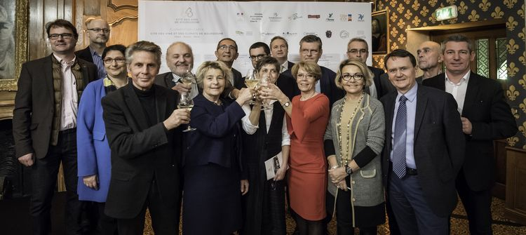 The 15 partners of the Cité des Vins - photo: BIVB/Michel Joly