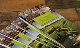 A brochure available in English and French to explore the Climats of the Bourgogne wine region ©BIVB/DR